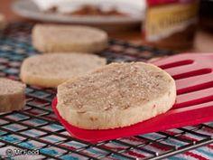 Cinnamon Pecan Cookies | mrfood.com