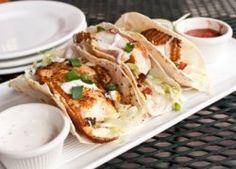 Tacos de Pescado Crujiente con Salsa Especial