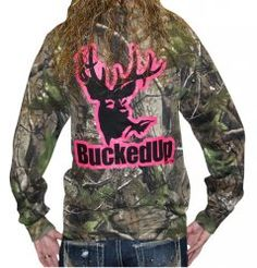BuckedUp Longsleeve Realtree APG Camo with Pink Logo my-style Country Girl Style, Country Girls, Country Life, Country Bumpkin, Country Strong, Country Chic, Womens Hunting Clothes, Clothes For Women, Casual Clothes