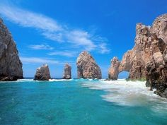 【メキシコ】カボ・サン・ルーカス。 カリフォルニア半島南端のリゾート地で最も南端に位置する岬がカボ・サン・ルーカス。
