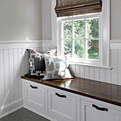 50 DIY Farmhouse Mudroom Bench Decor Ideas – Best Home Decorating Ideas Mudroom Cubbies, Mudroom Laundry Room, Window Benches, Bench Decor, Built In Bench, Bedroom Storage, Bench Storage, Storage Baskets, Storage Ideas