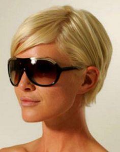 Kurzhaarfrisuren Damen Rundes Gesicht Mit Brille Pony Frisur