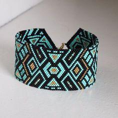 "120 mentions J'aime, 11 commentaires - Mamabellah (@mamabellah_) sur Instagram : ""Crazy Beading Last Days #jewels #bracelet #bracelets #jewelrygram #jewelrydesign #jewelryaddict…"""