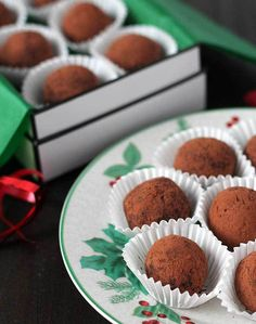 Melt in your mouth, easy to make, four-ingredient vegan Dark Chocolate Mint Truffles that are perfect for homemade holiday gift-giving or for entertaining.