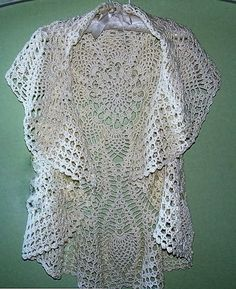 See this this coat crochet yarn. very elegant for special occasion - Crochet patterns free