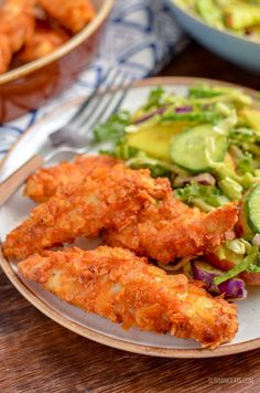 For when you fancy some crispy homemade chicken with minimal effort, this Crispy Air Fryer Potato Chip Chicken ticks every box. Potato Chip Chicken, Chicken And Chips, Air Fryer Fish Recipes, Air Fryer Dinner Recipes, Slimming World Chicken Dishes, Air Fryer Potato Chips, Chicken Goujons, Slimming World Recipes Syn Free, Actifry Recipes