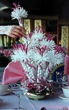 Wanderful Centerpieces with built in favors for every guest. Great for Parties, Weddings and Special Events. Available in all Jewel Tone Col...
