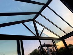 Renowned for its innovative approach and its elegant products, Salinox creates whatever is needed for a projects that involves aluminum and glass. Roofing Systems, Skylights, Glass Roof, Crystals, Rooftop, Terrace, Glass Ceiling, Side Return, Crystal