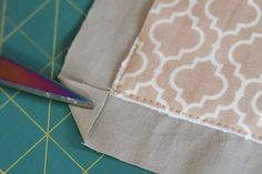 "Easy way to do quilt ""binding""- great tutorial"