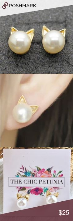 Cat pearl earrings - so cute! Faux pearl earrings with gold color cat ears. Cute and preppy, great for the cat lover in your life.) The Chic Petunia Jewelry Earrings The Chic, Cat Ears, Preppy, Pearl Earrings, Fashion Tips, Fashion Design, My Favorite Things, Cute, Gold