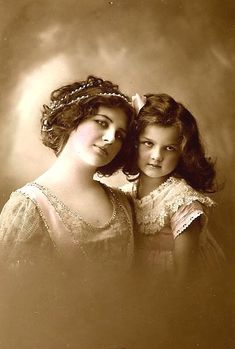 (fiction) Amelia Grace (age 5) with mother, Lillie Mae Camden.