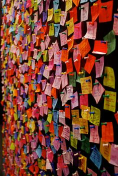 Wishing Wall for 2011 Times Square New Year's Eve Confetti Installation Interactive, Interactive Exhibition, Interactive Walls, Installation Art, Interactive Design, Prayer Wall, Prayer Room, Collaborative Art Projects, Thinking Day
