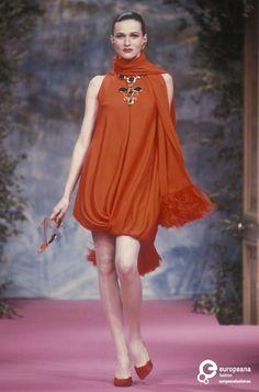 21 MAGENTA Christian Lacroix, Spring-Summer 1991, Couture | Christian Lacroix Christian Lacroix, Spring-Summer 1991, Couture | Christian Lacroix
