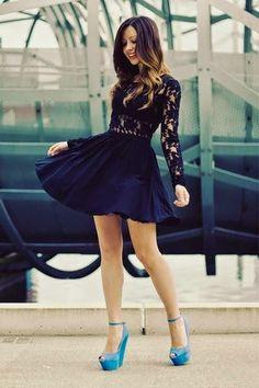 Vestido preto blusa renda saia rodada