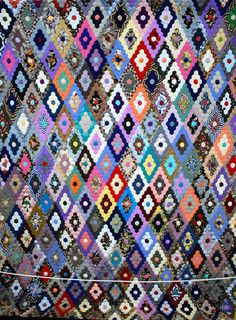 5000 hexagons made by an unknown Australian quilter in the 1950s to 60.