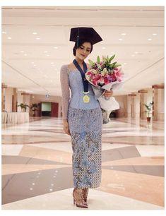 Kebaya Muslim, Kebaya Modern Hijab, Model Kebaya Modern, Kebaya Hijab, Batik Kebaya, Batik Dress, Kebaya Bali Modern, Model Dress Kebaya, Batik Mode