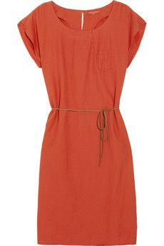 The perfect dress to wear casually or dressed up. I love the color.
