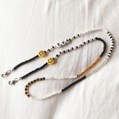 Handmade Wire Jewelry, Beaded Jewelry Designs, Bead Jewellery, Bracelet Designs, Necklace Designs, Jewelry Photography, Diy Necklace, Jewelry Making, Beaded Bracelets