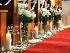 Oferta dekoracji kościoła: dekoracje z żywych kwiatów, lampiony, świeczniki, dekoracja krzeseł i klęcznika, dywan, mnóstwo zdjęć realizacji.