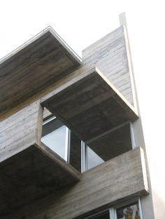 Edificio Demaría / Monoblock + Estudio Nómade