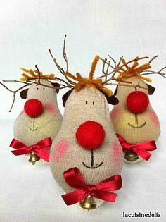 Cute- old socks-to reindeer!