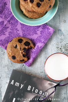 Crunchy gluten-free chocolate chip cookies. Dunkable.