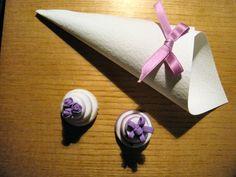 Conetto per confettata in cartoncino rivestito internamente con tulle