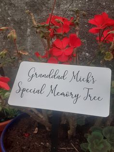 Memorial Tree plaque Dedication tree marker Memorial tree Plaque Remembrance  £5.49 Memory Tree, Garden Markers, Grave Memorials, Plaque, Cemetery, Gift Guide, First Love, Display, Personalized Items