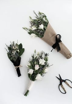 3 ways to wrap flowers from MichaelsMakers Homey Oh My Flower seeds, vegetable seeds, flower bulbs, Purple Pampas How To Wrap Flowers, My Flower, Fresh Flowers, Beautiful Flowers, White Flowers, Deco Floral, Planting Flowers, Floral Arrangements, Wedding Flowers
