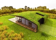 Amazing Homes with Grass Roof Designs The roof of your house can actually be something to get excited about. Here are 20 amazing homes with grass roof designs. Green Architecture, Sustainable Architecture, Architecture Design, Living Roofs, Container House Design, Container Homes, 20ft Container, Container Cafe, Roof Design