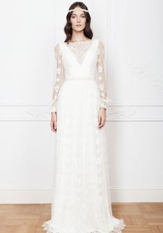 Fashion Friday: Divine Atelier's Bohemia Collection | Graceful | Carefree | Soft fabric | Lace | Lithesome | Feminine | Chic |  http://brideandbreakfast.hk/2016/09/30/divine-ateliers-bohemia-collection/