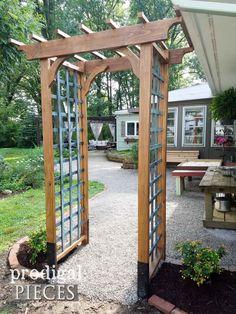 Garden archway - DIY Garden Arbor with Faux Patina ~ Build Plans – Garden archway Small Garden Arbour, Garden Archway, Unique Garden, Garden Gazebo, Garden Entrance, Garden Arbours, Diy Arbour, Deck Gazebo, Pergola Roof