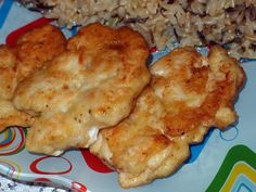 ... . Котлетки очень вкусные, сочные и мягкие. Рецепт под катом Ингредиенты: 600 грамм куриного филе (мясо с курицы или куриная грудка) 2 яйца соль молотый черный перец приправа для курицы 5 долек чеснока 5 ст.л. майонеза (у меня был домашний на куриных яйцах) 4 ст.л. муки растительное масло для жарки Приготовление: С курицы срезаем мясо ...