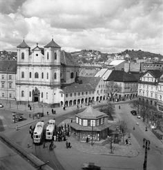Bratislava Slovakia, Old City, Old Photos, Milan, Louvre, Mansions, Architecture, Travel, Times