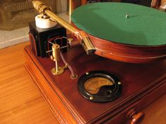 Steam-Powered Turntable - Talk about retro