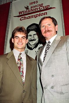 Jeff Gordon & Dale Earnhardt. Dale Earnhardt won the 1993 Winston Cup Championship, his 6th.