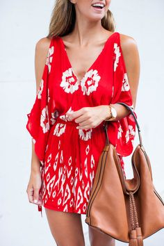 Band of Gypsies Floral Print Cold-Shoulder Romper Passion For Fashion, Love Fashion, Womens Fashion, Fashion Tips, Spring Summer Fashion, Spring Outfits, Casual Outfits, Cute Outfits, Trends