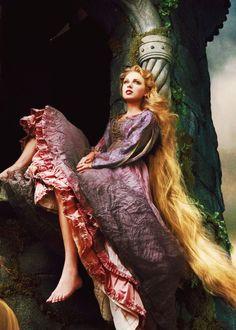 Rapunzel - Bella Fotografía de Annie Leibovitz ✿⊱╮