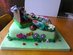 Garden Cake Garden Cakes, Birthday Cake, Desserts, Food, Tailgate Desserts, Birthday Cakes, Meal, Dessert, Eten