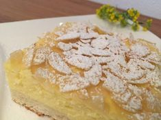 Backen mit Christina … | Saftiger Topfen-Mandel-Kuchen Sweet Cakes, Cake Cookies, Cheesecake, Pie, Sweets, Desserts, Food, German Recipes, Sweet Stuff