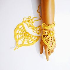 Hand Crochet Yellow Coton Lace Gloves Eco-Friendly by Pasin