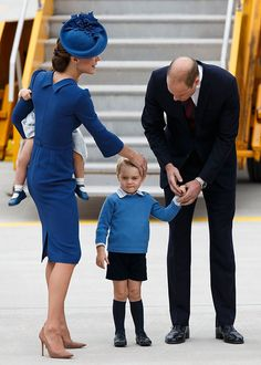 (L-R) Catherine, Duchess of Cambridge, Prince George of Cambridge and Prince William, Duke of Cambridge arrive at 443 Maritime Helicopter Squadron on September 24, 2016 in Victoria, Canada.