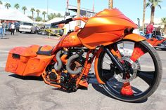 I never did find out what size rear tire was on this bagger, but it looked pretty wide.