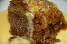Malva Pudding is one of my favourite South African puddings. If you have ever wanted to know how to make an easy malva pudding, here you have it. How to make Malva Pudding Ingredients: Easy Pudding Recipes, Baking Recipes, Snack Recipes, Pudding Desserts, Baking Desserts, Tart Recipes, Dessert Recipes, Snacks, South African Desserts