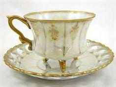 Why Do Some Teacups Have Feet? | Tea Blog