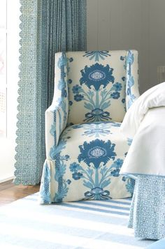 Blue and White Bedroom beautiful chair! Blue And White Fabric, White Rooms, White Bedroom, Master Bedroom, Take A Seat, Cottage, Pattern Mixing, Elle Decor, Decoration