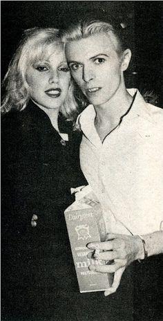 Cyrinda Foxe, David Bowie & milk.