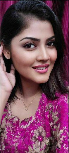 Beautiful Blonde Girl, Beautiful Girl Indian, Most Beautiful Indian Actress, Beautiful Girl Image, Beautiful Women, Beautiful Bollywood Actress, Beautiful Actresses, Beauty Full Girl, Beauty Women