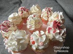 Hófehér klasszikus vajkrém készítése Naan, Muffin, Pudding, Cupcakes, Food, Muffins, Cupcake, Essen, Puddings