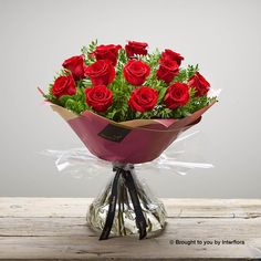 Featuring 12 red large headed roses with pistache and salal, hand-tied, wrapped and presented in Interflora gift packaging. Valentines Flowers, Valentine Gifts, Romantic Flowers, Beautiful Flowers, I Love You Balloons, Dozen Red Roses, Gin Gifts, Pink Rose Bouquet, Hand Tied Bouquet